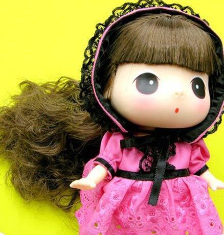 迷糊娃娃总是用童贞和超级可爱的造型打动的我们,天真可爱的大眼睛