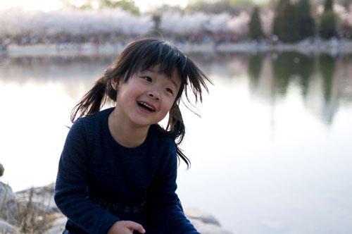 马睿辰,我今年四岁半了,这张是在玉渊潭樱花节照的!