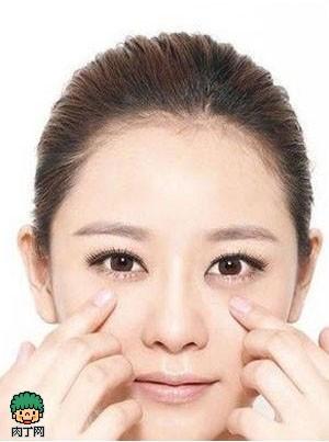 怎样消除脸上浮肿 10步按摩迅速消除浮肿脸