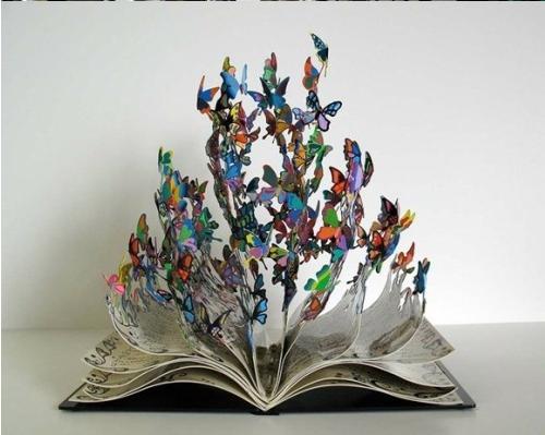 重生艺术:生命之书唯美铁皮雕塑