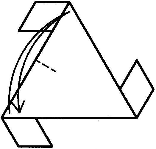 剩下的四块三角形蛋糕刚好能