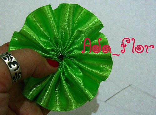 简单布艺丝带花的做法diy图解教程