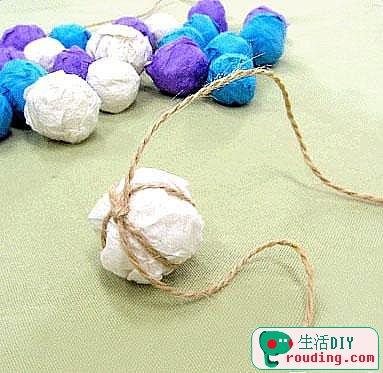 可爱彩球门帘的手工制作方法
