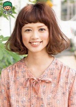 风靡日本7款最新瘦脸短发5款日系瘦脸百搭发型