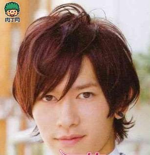 2012男生流行发型 帅气造型第一款