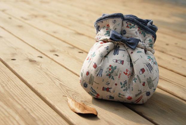 包裹式手工布艺包教程 可爱束口包DIY图解图片