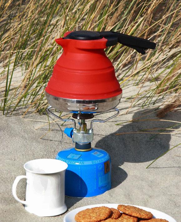 http://shaoer.cntv.cn/children/C25029/20121114/images/1352861063653_silicone-tea-kettle12.jpg