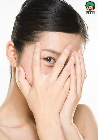 睡前7步骤减缓女人衰老醒后变美人