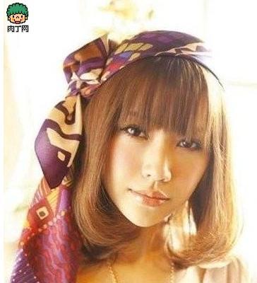 丝巾引爆时尚的创意发型搭配精巧
