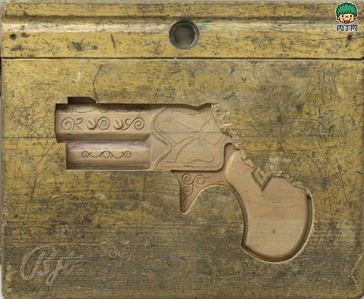课桌DIY手枪