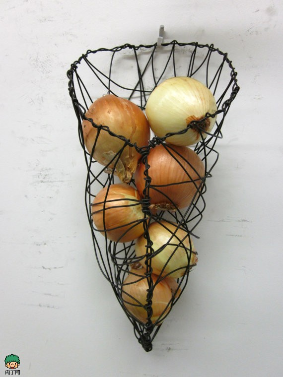 2Lb Steel Wire Onion Wall Basket