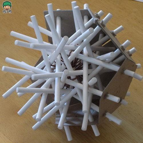 用扑克和办公用品做的实体数学模型
