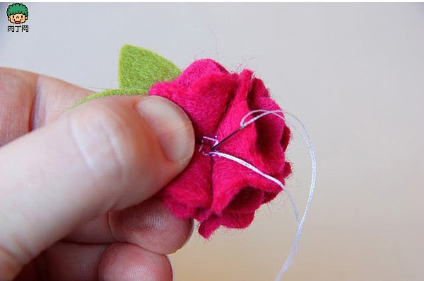 给你的腰带加一朵浪漫不织布手工布艺花、2