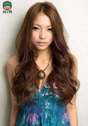 10款女生长发烫发发型图片